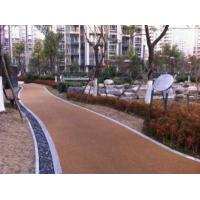 China Noise Absorbting EPDM Rubber Jogging Track Concrete / Asphalt Foundation For Public Areas factory