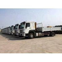 China CE truck mounted knuckle boom cranes , truck mobile crane Hydraulic Arm factory
