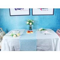 China Peppermint Stripes Disposable Paper Tablecloth Party Picnic Table Cover factory