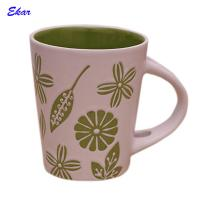 China Custom promotional two tone 12oz ceramic cup with spoon on sale