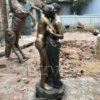 China Life Size Bronze As One' Love Statue brass couple Romantic sculpture factory