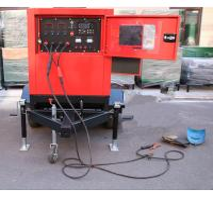 China Mobile Japan Kubota Diesel Welder Generator 400amp With Two Wheeled Trailer Arc Welding Source factory