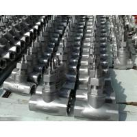 China Screw Conection Stainless Steel CF8 Material Sluice Valve by Manual Operator on sale