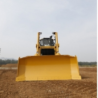 China Efficient Comfortable 131KW SEM816D Track Type Tractor factory