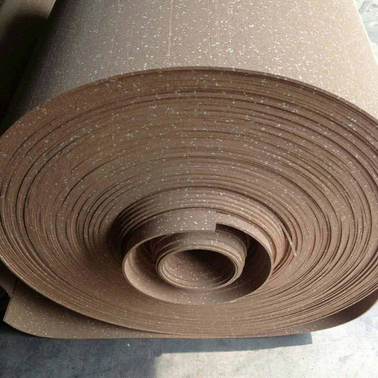 China Coloured Rubber Flooring Rolls , Anti - Sipping Exercise Flooring Rolls factory