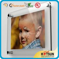 China Glass wall mounted acrylic photo frames, acrylic wall mount picture frames factory
