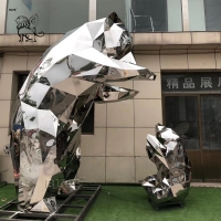 China Stainless Steel Bear Sculpture Mother And Son Geometric Polished Modern Large Outdoor Metal factory