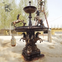 China Large Bronze Fountain Modern Art Brass Animal Garden Water fountains With Horse Statues factory