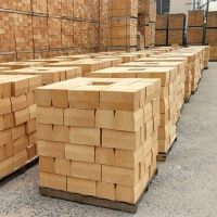 China High Refractoriness 1.85~2.0g/cm3 High Alumina Refractory Brick For Cement Rotary Kiln factory