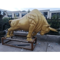 China Modern Art Large Stainless Steel Bull Sculpture Metal Animal Statue factory