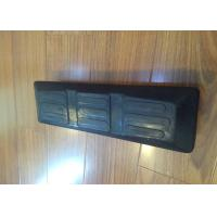 China Lightweight Excavator Rubber Pads , Bolt On Rubber Pads 350 * 106 * 40mm factory
