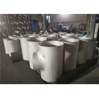 China Seamless TP304 Butt Welded 110mm Equal Tee Pipe Fitting Varnished factory