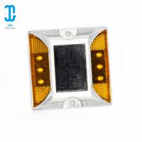 China Yellow Waterproof Solar Road Studs High - Pressure Casting Aluminium Alloy Body Material factory