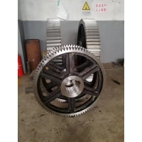 China mill pinion gear and Rotary Kiln Pinion Gear with 42crmo steel factory