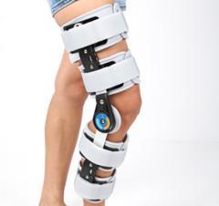 Quality Medical Rom Knee Support / Orthopedic Hinge Knee Support Knee Protector/ Neoprene Leg for sale