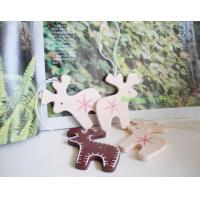 Wood Christmas accessories