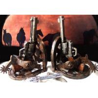 China High Quality Stone Resin Cowboy Holster Pistol Bookends Set factory