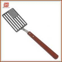 Stainless steel bbq tool wooden handle strainer spatula food spatula in national flag