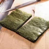 Buy cheap Grade A Sushi Nori Sheets with Half Cut Size for Sushi Roll from Wholesalers